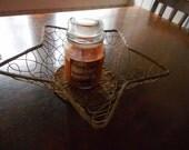 Vintage Star shaped metal & wicker wire basket. Americana Gold star basket. golden egg holder, fruit basket 1970's