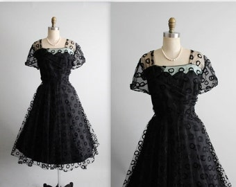 STOREWIDE SALE 50's Cocktail Dress // Vintage 1950's Embroidered Black Tulle  Illusion Full Cocktail Party Dress XL