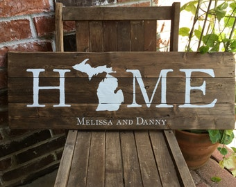 Personalized State HOME - Reclaimed Wood Sign, wedding gift, housewarming, home decor, state, hand-painted, rustic, farmhouse, handmade