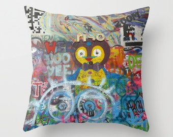 Graffiti Love Pillow Cover, Bird, Cute, Colorful