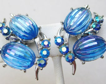 Vintage 50s Coro Aurora Borealis Blue Glass Rhinestone Silver Clip Earrings