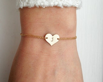 Heart bracelet, personalised heart, mother bracelet, daughter, gold initial bracelet, monogram, gold heart, bridesmaid gift