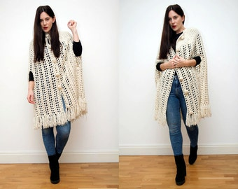 Vintage cape Cream Crochet Knitted AMAZING Wool Cocoon Cape