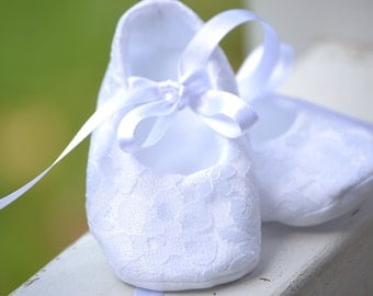 White lace christening shoes, baptism shoes, baby blessing shoes