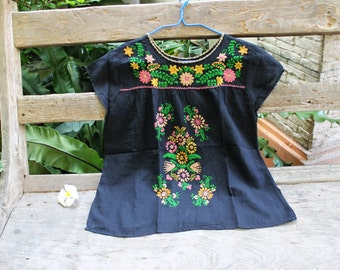 L-XL Bohemian Embroidered Top - Black