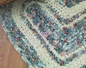 "Heart Rag Rug ~ Hand Crocheted ~ 30"" x 24"" Heart ~ Reversible ~ Washable n Dryable rag rug ~ Rustic ~ Beach Cottage Heart Rug ~ Rag Rug"