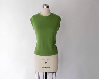 1960s Sleeveless Knit Top // 60s Vintage Green Wool Shell Blouse // X-Large