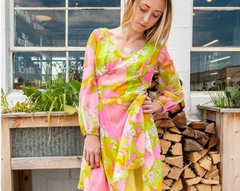 Mod 1960s Bright Floral Dress