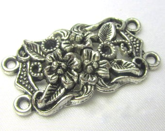 Antique Silver Plated Pewter Double Strand Large Flower Connector Metal Finding (1)