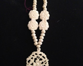 Carved Bone Chinese Flower Floral Spray Ladies Necklace Pendant Double Flower Beads OLD