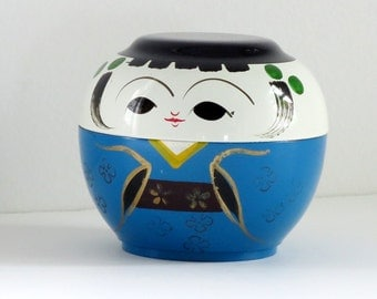 Vintage Otagari OMC Lacquer Kokeshi Figurine, Kitsch Stacking Kokeshi Box in Turquoise, Rare Mini Kokeshi Trinket Box  SwirlingOrange11