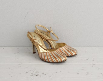 Womens Vintage Shoes . Gold Silver and Bronze Metallic Shoes . Closed Toe Evening Shoes