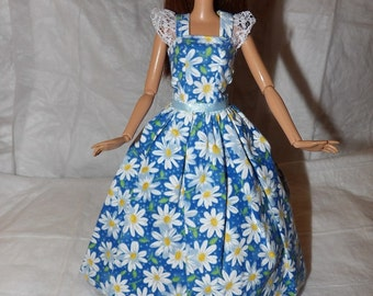 Cute blue & white Daisy formal dress with lace trim for Fashion Dolls - ed832