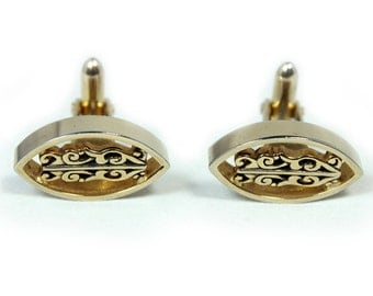 Chic Goldtone Cuff Links with Scroll Design