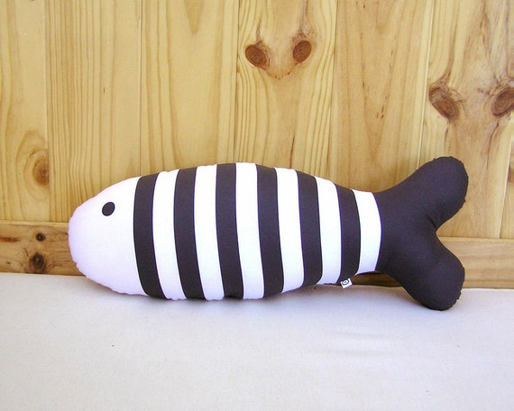 Accent Pillow Fish · Decorative cushion hand screenprinted · Throw pillow · Decorative pillow · Kids room