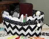 Purse Insert, Bag Organizer Insert, 15 Pockets, Bucket Style, Black/White Chevron Print, Handbag, Purse, Weekender Tote or Travel Bag