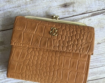 Vintage Brown Leather Cowhide - Snakeskin  Pattern