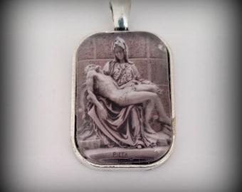 Michelangelo 's Pieta Picture Pendant Necklace, Jesus, Christian Necklace