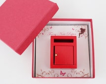 Miniature red elf / fairy mail box