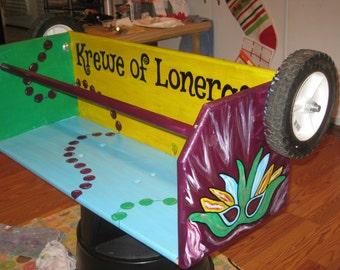 MaRDI GRaS LaDDER SEAT ARTWORK- Gris Gris Art- Peace Love Mardi Gras Mask Beads Crown- custom, handpainted, fun MaRDI GRaS PARaDE SEAT