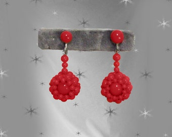 Vintage Red Dangle  Pierced or Screwback  Earrings - 50s Screwback Earrings - 1950s Red Jewelry