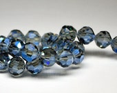 15 pcs 8mm Transparent Light Grey with Cobalt Blue Highlights Multi-Faceted Round Crystal Beads