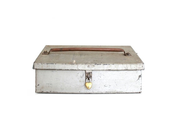 vintage metal box with lock wedding card box with slot. Black Bedroom Furniture Sets. Home Design Ideas