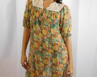 Vacation Sale Shipping Resumes 8/8 70's Designer Leslie Fay Crochet And Cotton Floral Dress A-Line Mu Mu Dress Summer Fashion