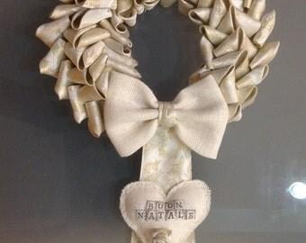Ghirlanda natalizia oro e panna Buon Natale