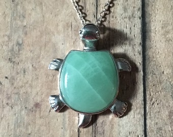 Gorgeous green stone turtle necklace