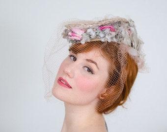 25% OFF SALE / 1930s vintage hat / tilt hat / Eugenie