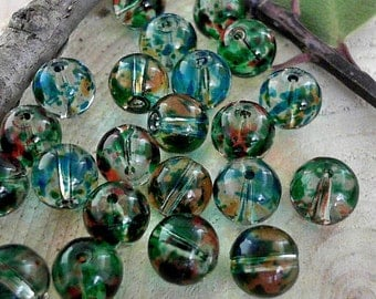 Green 8mm Round Glass Beads              CC-81236