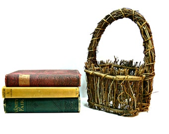 Vintage Twig Basket with Handle - Rustic Woodland Farmhouse Country Primitive Basket - Wedding Decor - Flower Girl
