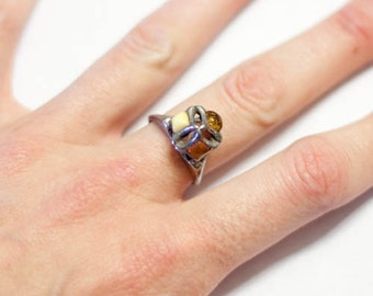 Vintage amber and silver ring, size 7 or 7.5, tri color amber