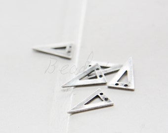 4 Pieces / Oxidized Silver Plated / Real Silver / Brass Base / Geometry / Triangle / Arrow / Charm (C3073//G935A)