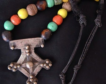 Old Large Berber Cross with Knobs & Colorful Beads, Mauretanie
