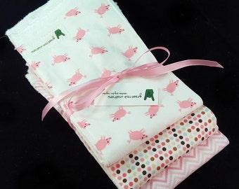 Baby Girl Burp Cloth Set - Pigs - Pink Modern Patterns