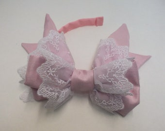Pink and White Sidebow