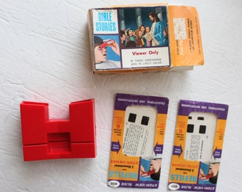 Vintage Stori-Viewer With Bible Slides Red 3D Slide Viewer Dimensional Toy Stories Plastic Made In USA Religious Toys