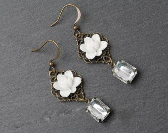 White flower earrings, vintage earrings, white rose earrings, white wedding jewelry, Victorian Bridesmaid earrings, rhinestone earrings