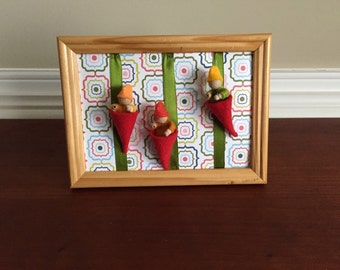 Felt babies in a frame, waldorf style, baby gnomes, baby painting, 3d wallhanger, nursery decor