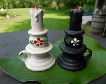 Vintage 1950s to 1960s Black and White Salt and Pepper Shakers Candlesticks Toleware Set Pair Metal