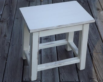 Reclaimed wood/ farmhouse/ Primitive/ distressed/ heirloom white/ side table/ counter stool