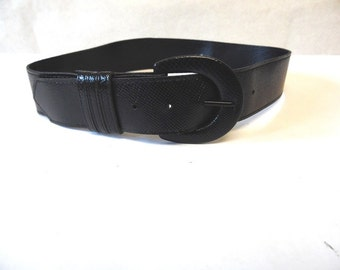 Wide Black Faux Reptile Cinch Belt Size Small