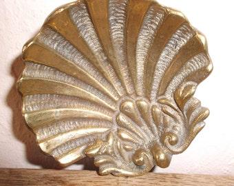 Art Nouveau Brass Shell Dish Vintage Boudoir Vanity Dressing Table Trinket Tray 1900s