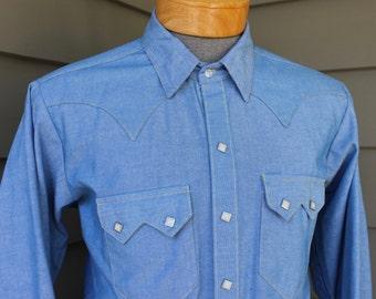 vintage 70's - 80's -Rockmount- Men's Western long sleeve shirt. Heavy Blue Chambray - Scalloped yoke - Diamond Pearl snaps. Large Long