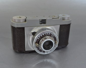"""Spartus """"35"""" Viewfinder Camera - Check out all of our great vintage cameras"""