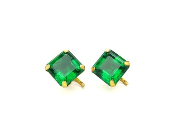 Emerald Green Earrings. Geometric Squared Octagon Faceted Glass Jewels, Glowing Retro Solitaires. Gold Tone. Vintage 1940s Statement Jewelry