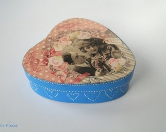 Romantic Wooden Gift Box / Jewelery Box / Keepsake / Ring Holder