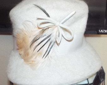 Vintage 1960s 60s Milbrae Derby Hat